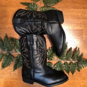 Smart Fit Cowgirl Boots 👢